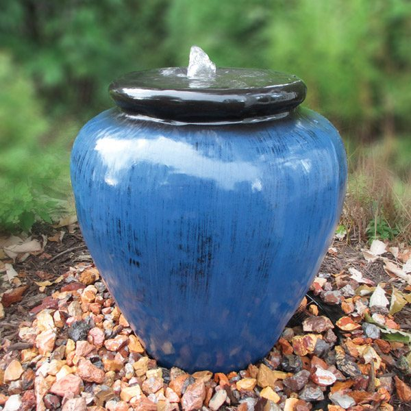 Blue and black smooth vase fountain